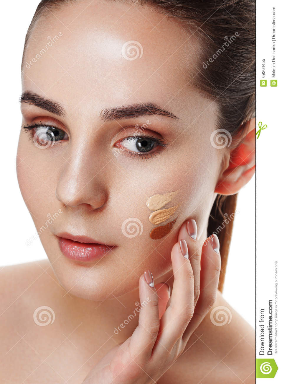 Beauty Girl Try to Different tones of Foundation Concealer. Natural Makeup for Brunette Woman with Beautiful Face. Makeover. Per