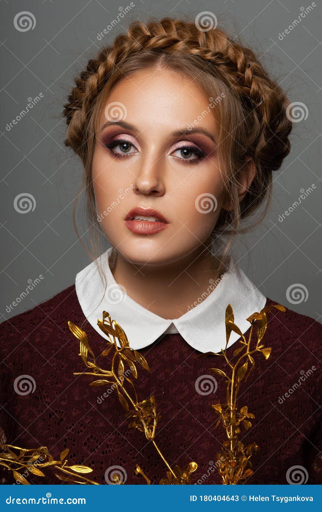 https://thumbs.dreamstime.com/z/beauty-girl-whith-braid-hairstyle-portret-photo-make-up-grey-background-beauty-photo-fashion-photo-russian-beauty-girl-slavic-180404643.jpg