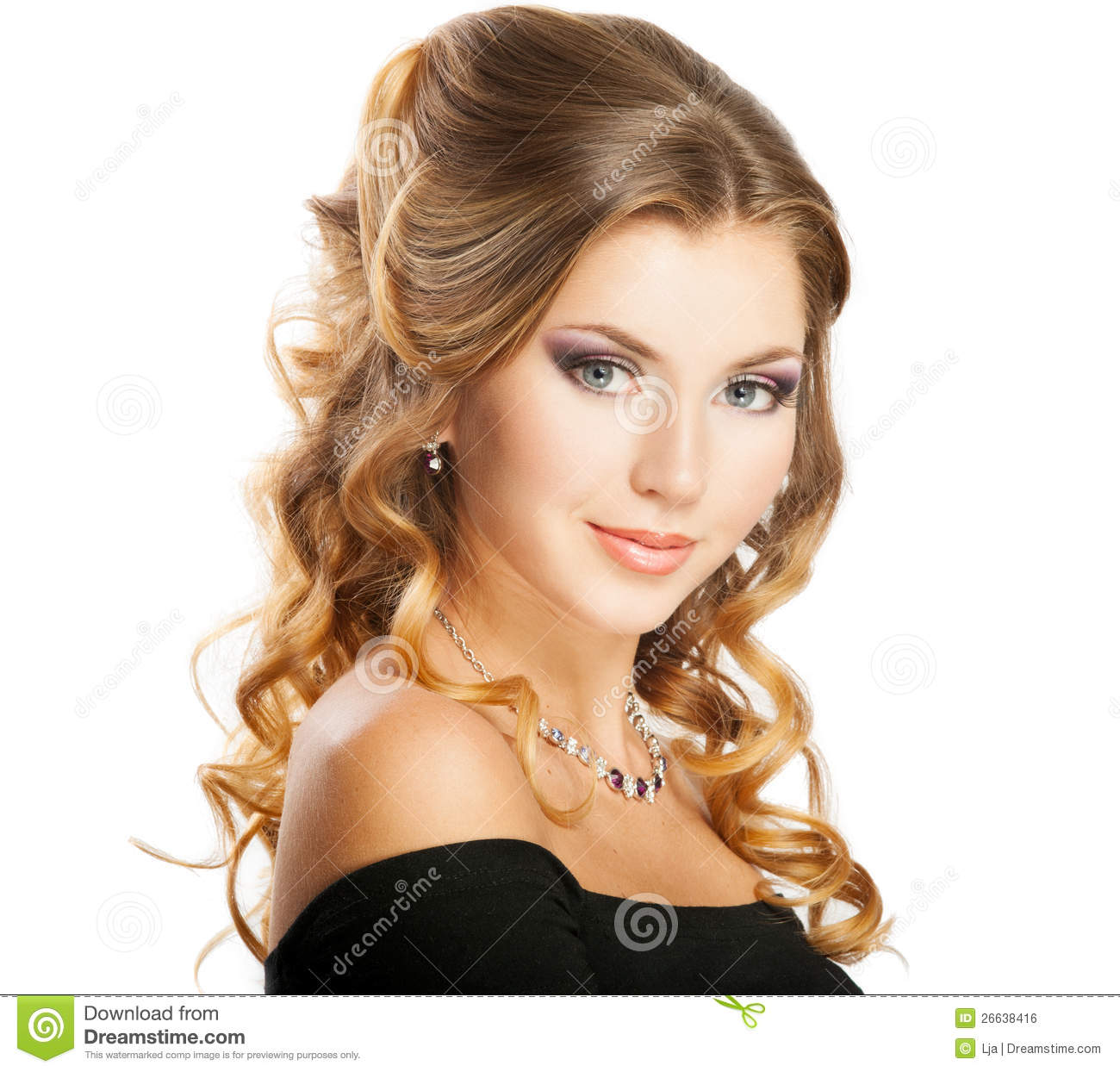 Beauty Grooming Style: Beauty Hairstyle Stock Photo. Image Of Hairdo, Looking