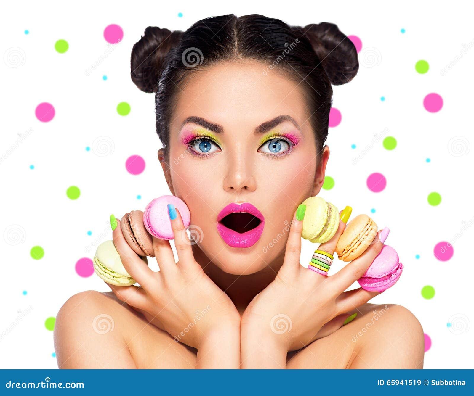 Fashion Beauty Model Girl Stock Image Image Of Manicured: Beauty Model Girl With With Colorful Macaroons Stock Image