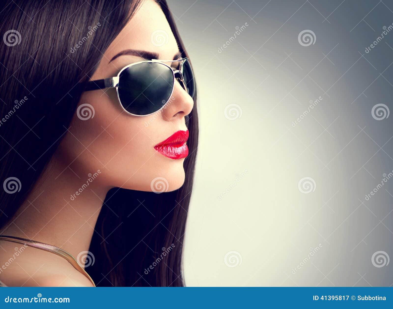 Download Beauty Model Girl Wearing Sunglasses Stock Image - Image of elegance, aviator: 41395817
