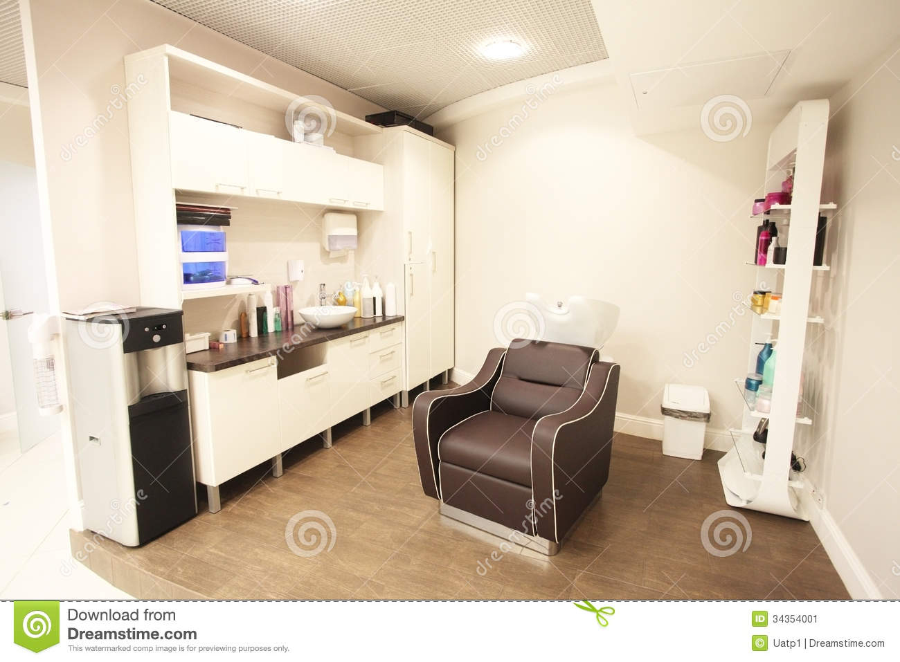 Beauty parlour stock image image of nobody indoors for Beauty parlour interior designs