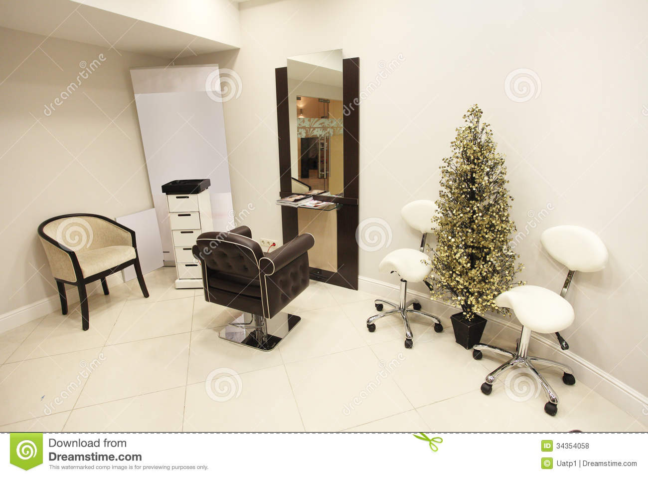 Beauty parlour royalty free stock photos image 34354058 for Interior designs for beauty parlour