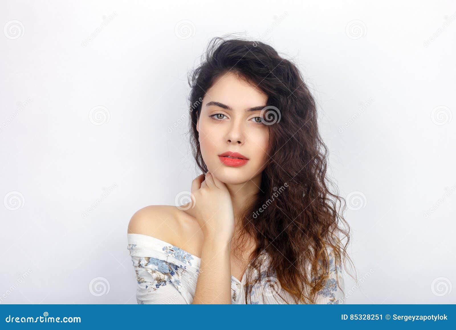 Curly milf brunette porn