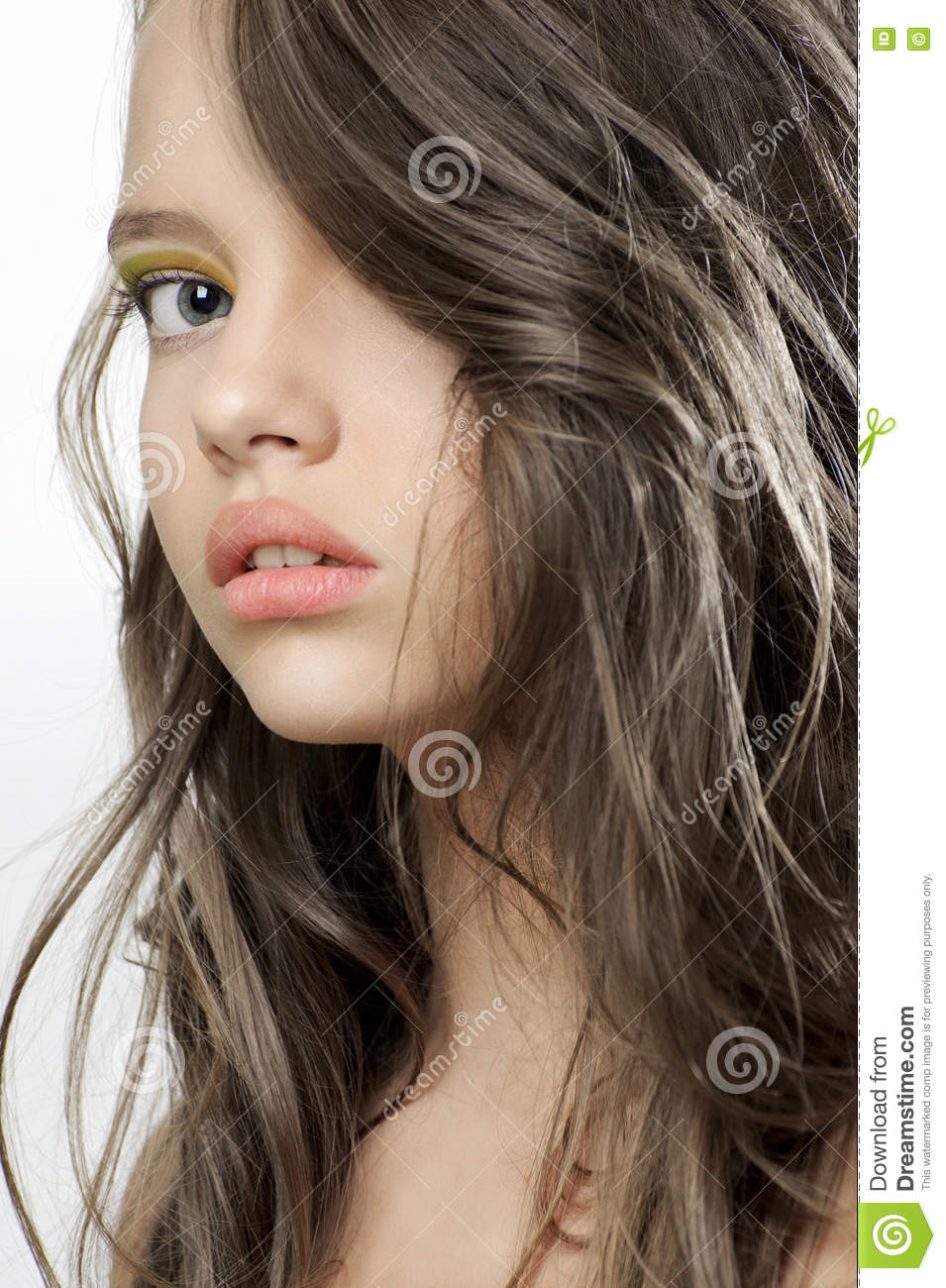 Beautiful Teen Girl: Beauty Portrait Of A Young Beautiful Teen Girl. Stock