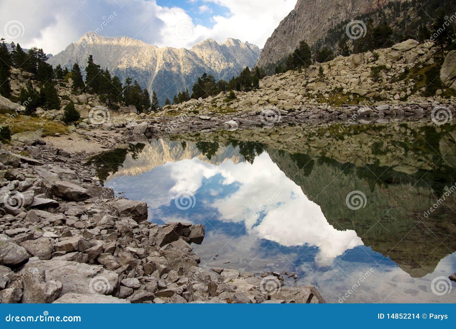 Beauty reflection - Aiguestortes National Park