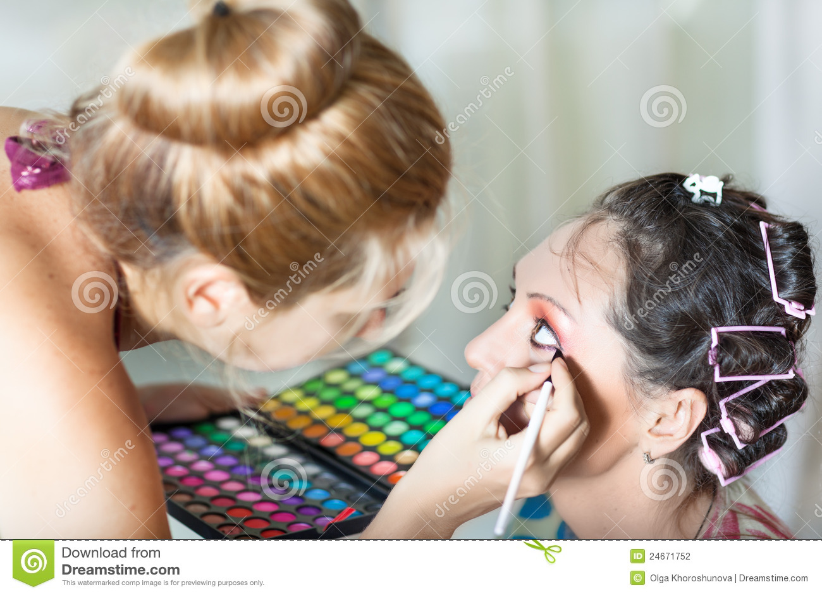 Beauty salon stock photography image 24671752 for Reading beauty salon