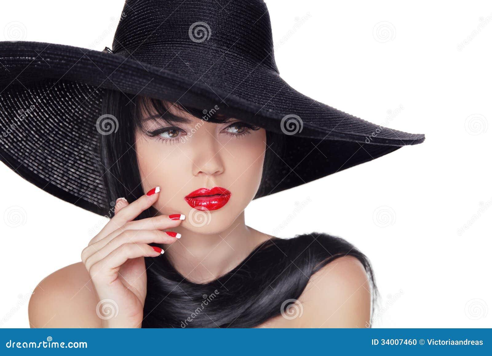 Фото брюнетки в черной шляпе 6 фотография