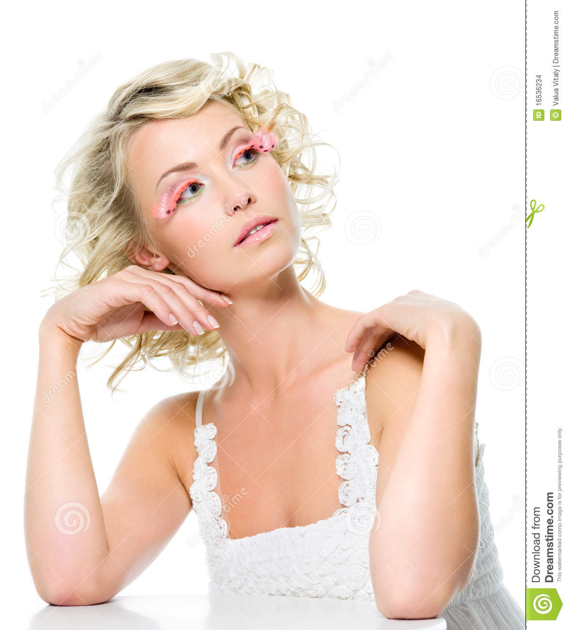 Beauty Woman With Glamour Makeup Stock Images - Image 16536234