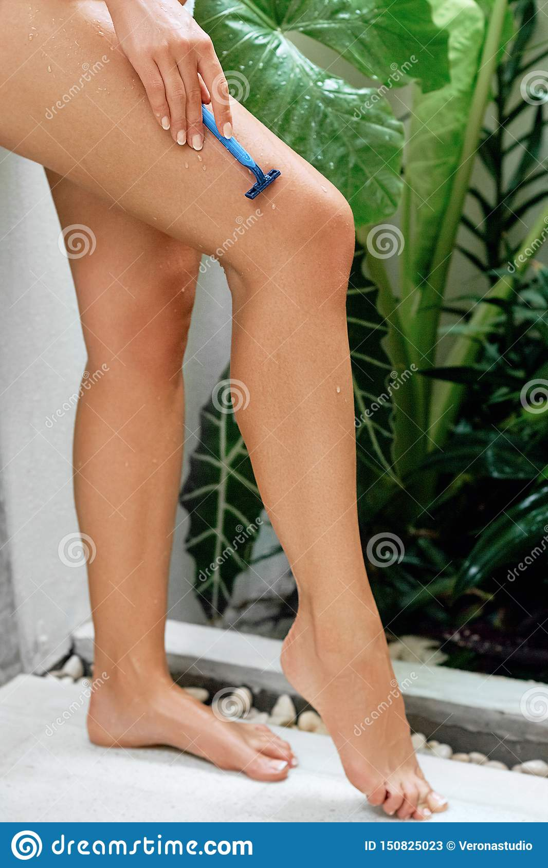 Legs women with pretty 32 of