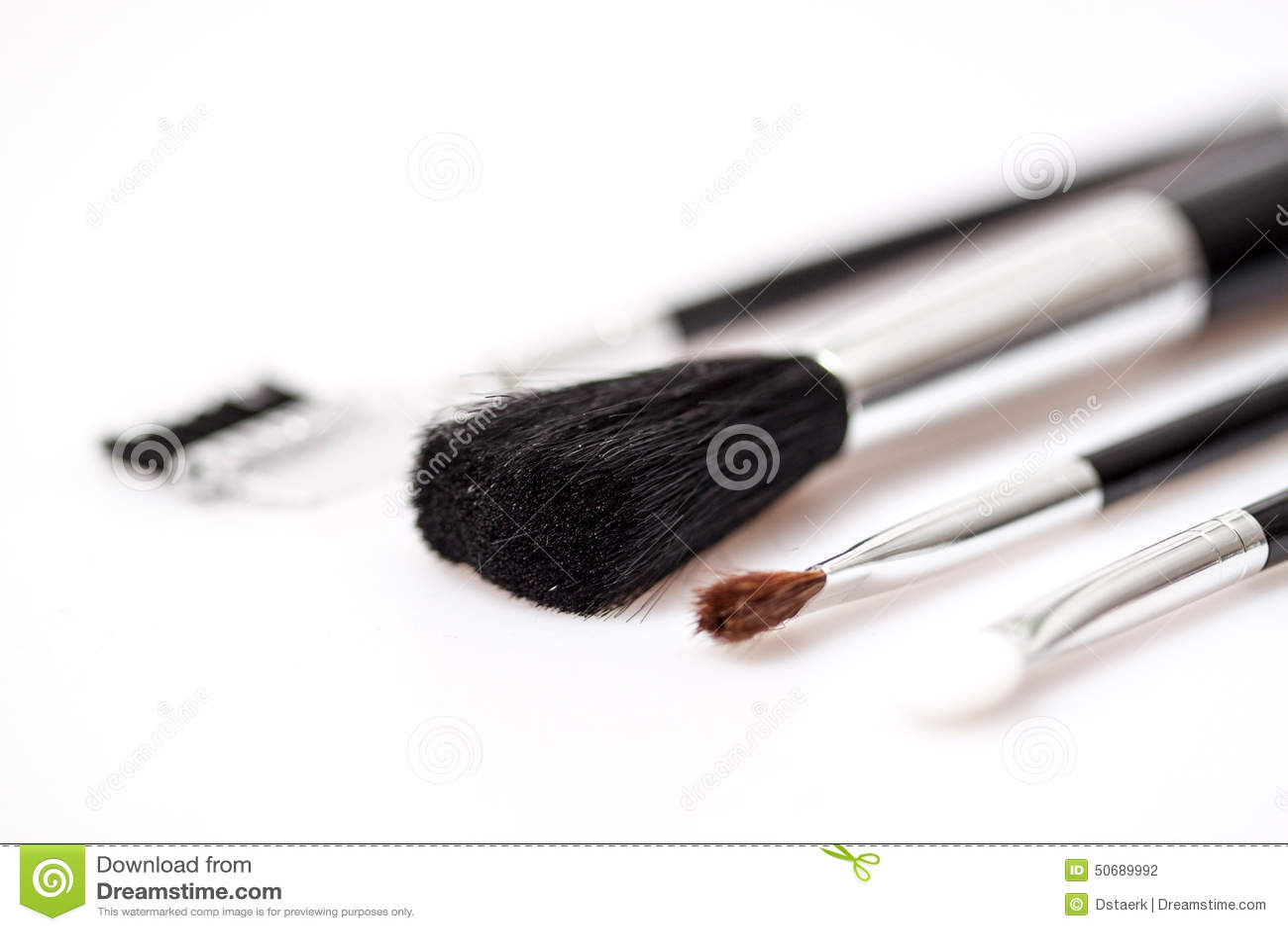 Download Beauvoir 库存照片. 图片 包括有 关闭, 颜色, 唇膏, 专业人员, 阴物, 赞誉, 影子, 油漆 - 50689992