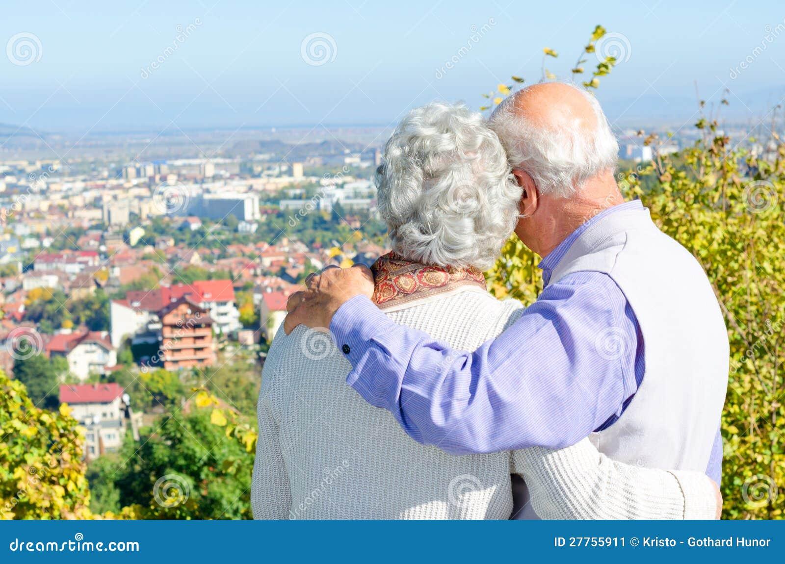 Beaux couples aînés