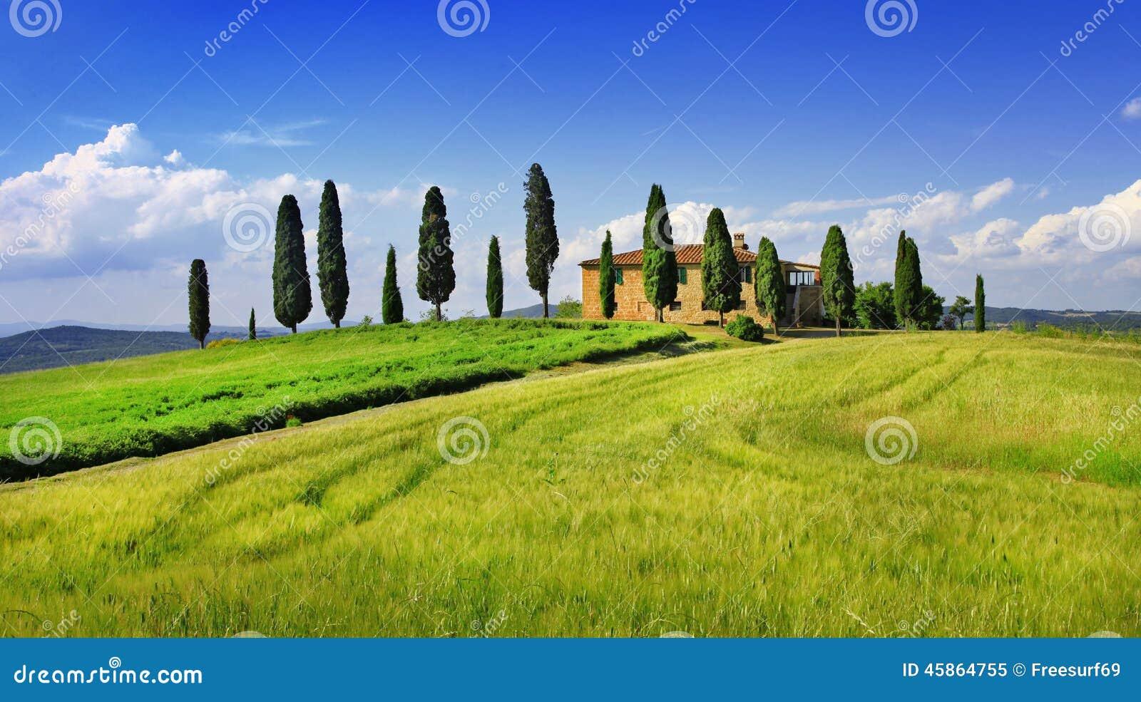 Beaux paysages de la Toscane l Italie