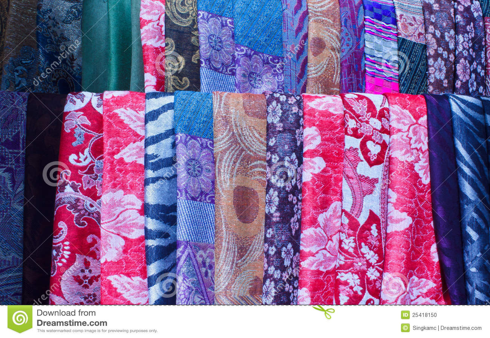 Beaux tissus color s photo stock image 25418150 - Tissus bohemes colores ...