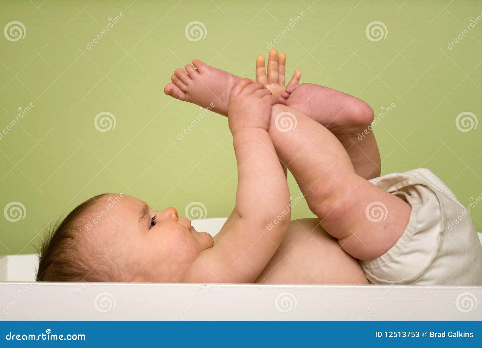 Bebé en el vector del cambio
