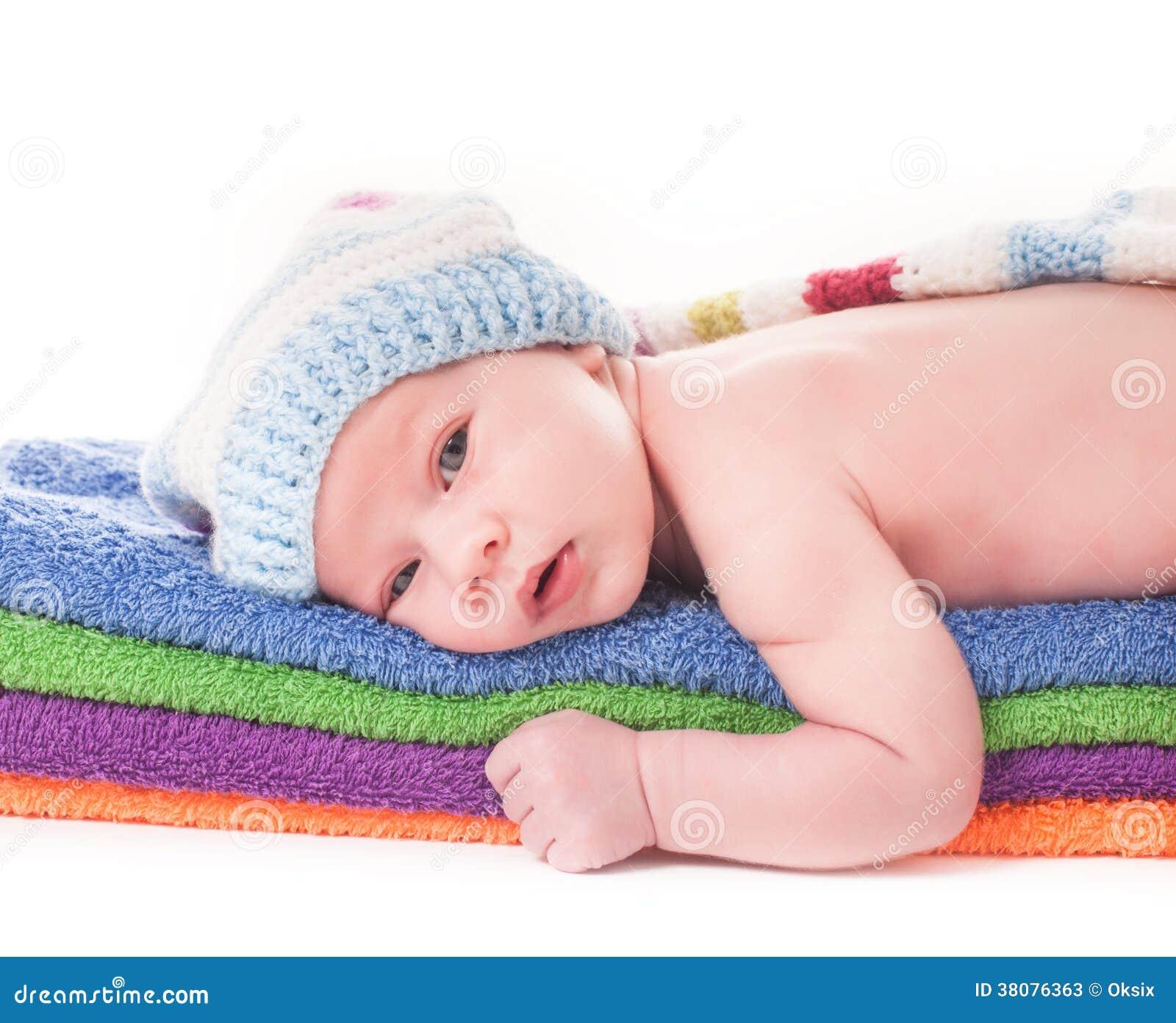 Bebé en las toallas