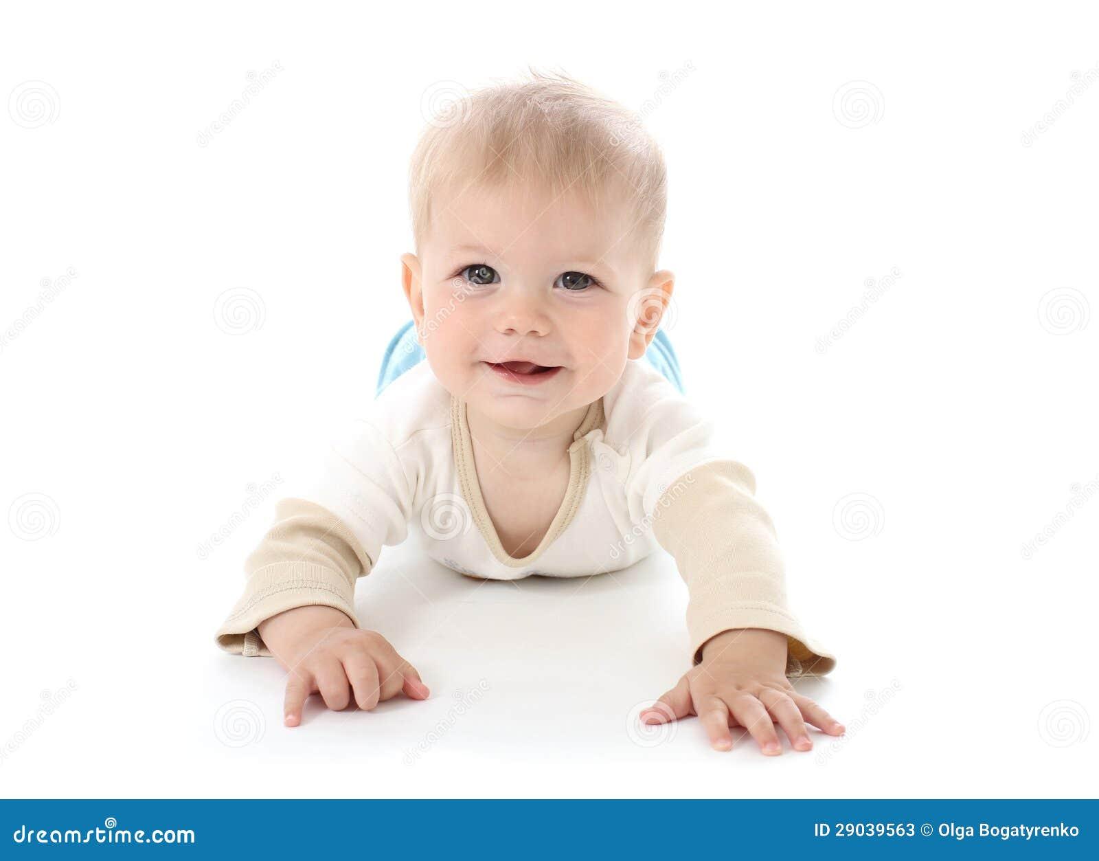 Bebé feliz sonriente en blanco