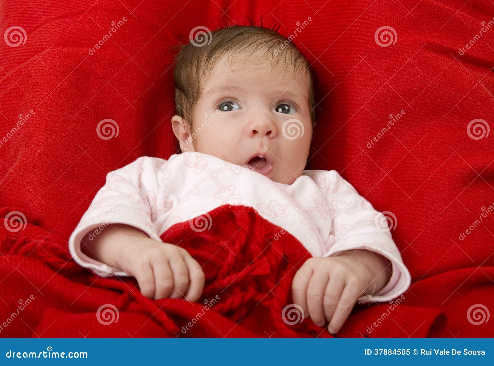 Bebé joven