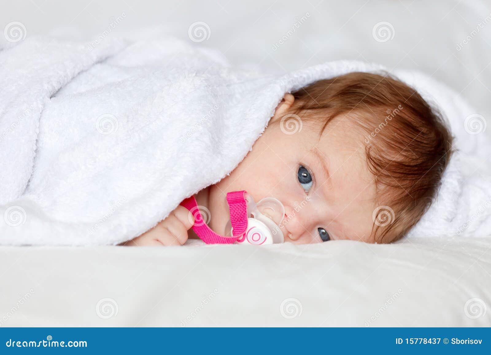Bebê de descanso