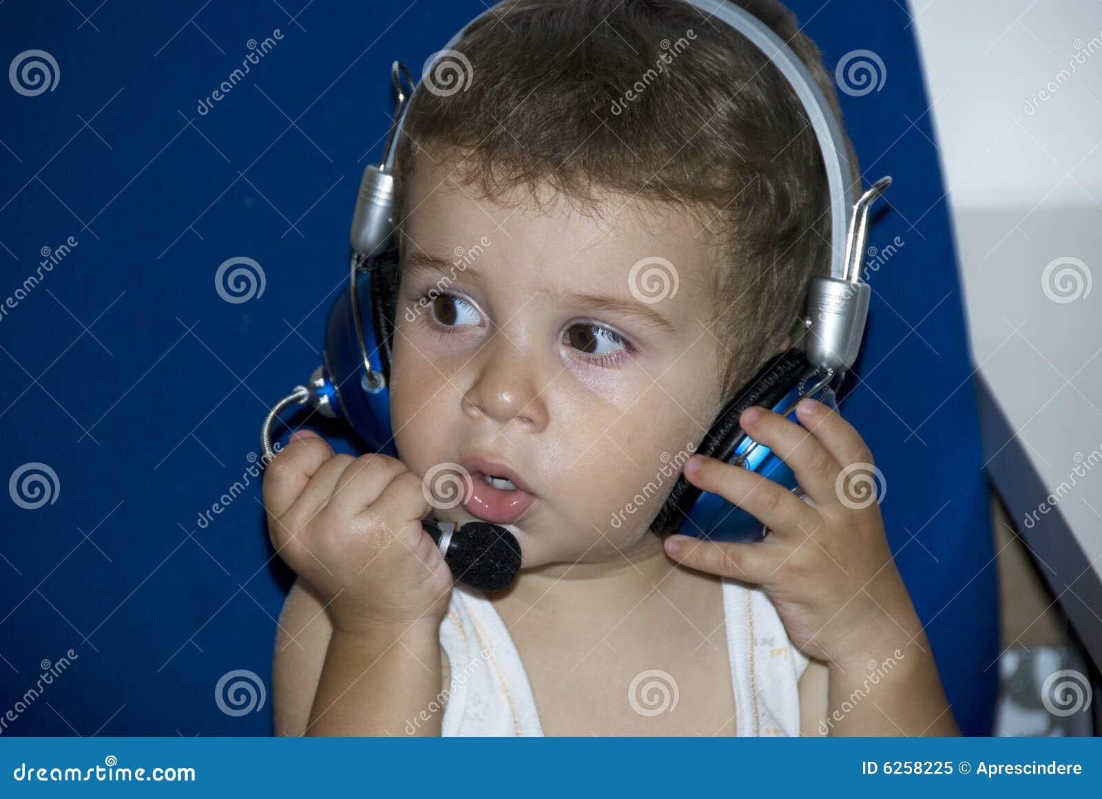 Bebê DJ