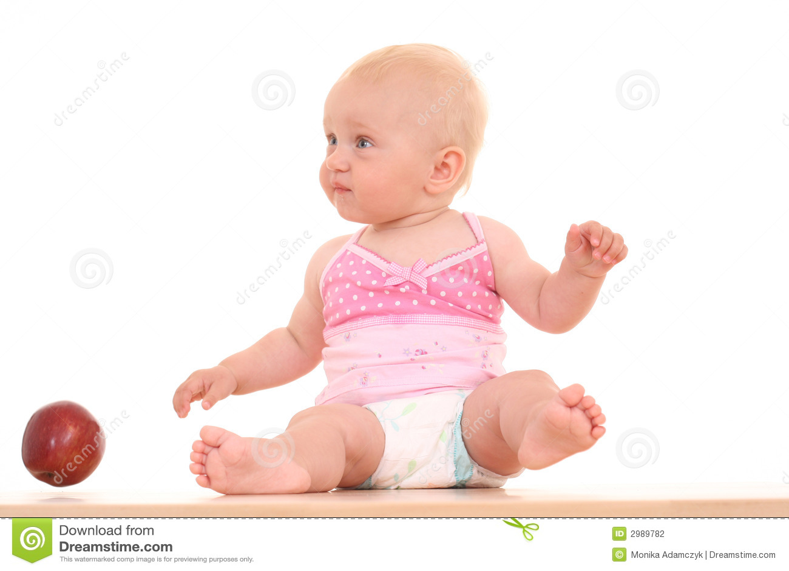 Bebê e maçã