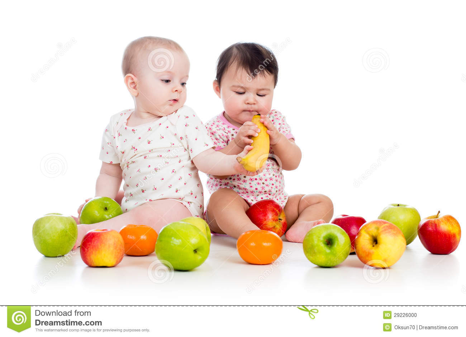 Download Bebês Das Crianças Com Alimento Saudável Foto de Stock - Imagem de pouco, alimento: 29226000