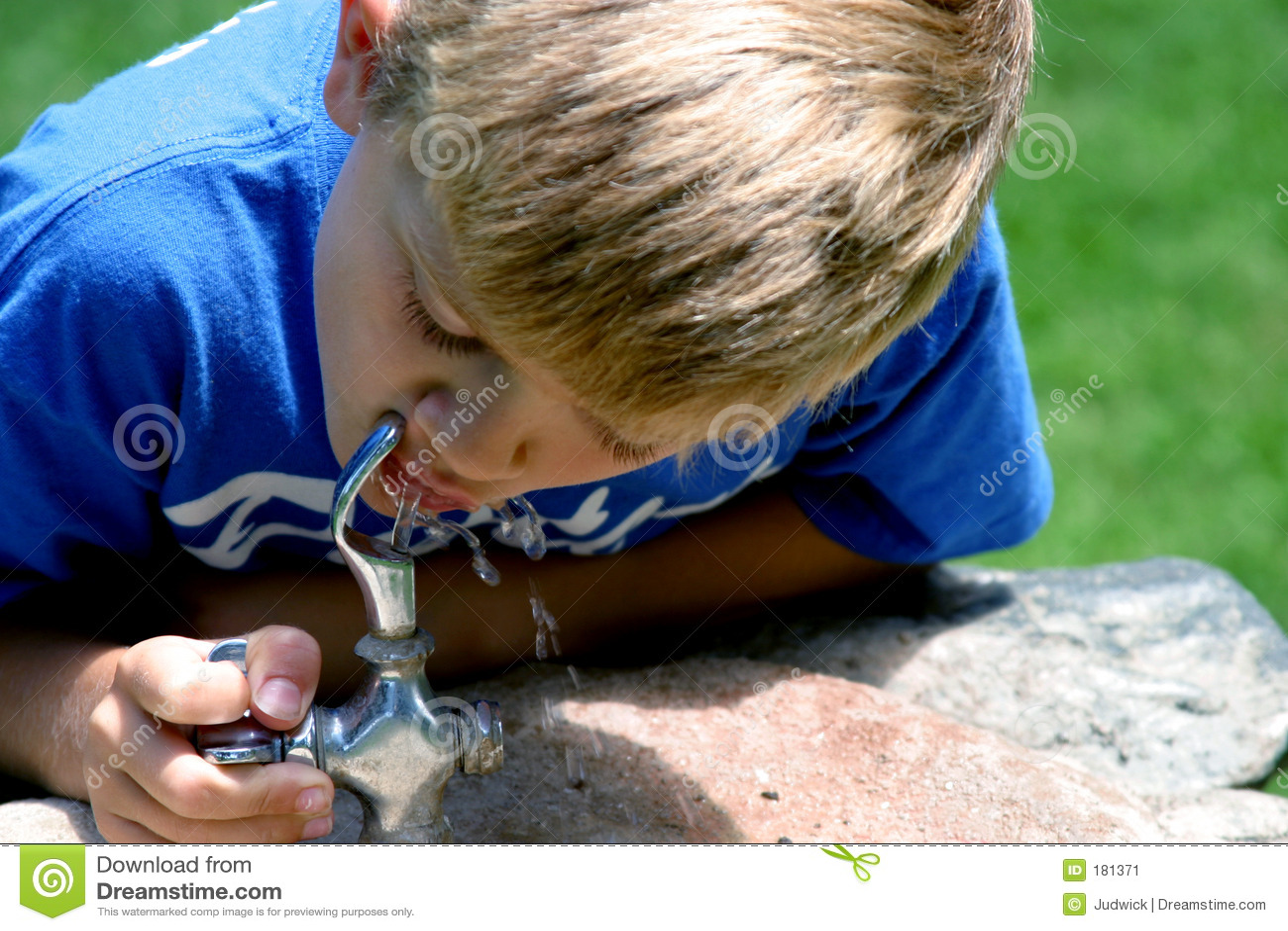 Bebida del agua