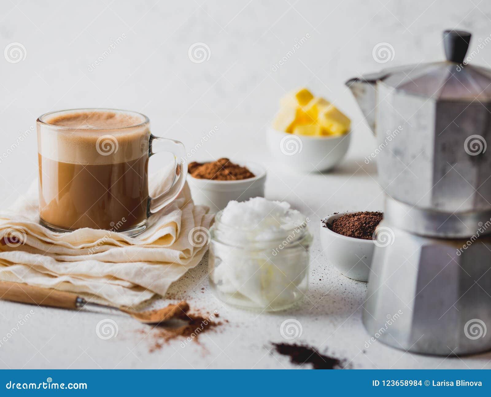 pan keto con aceite de coco