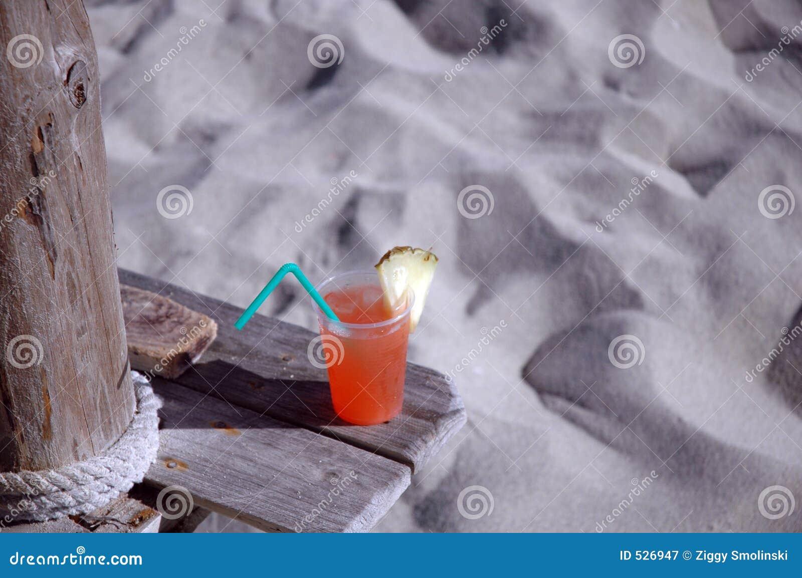 Bebida tropical em Cuba
