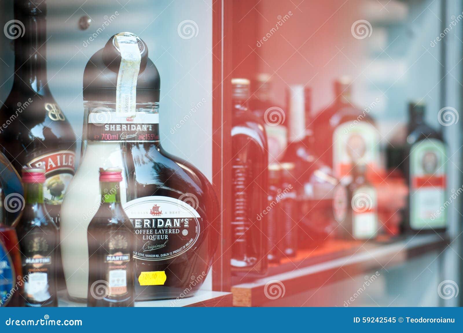 Download Bebidas fuertes imagen editorial. Imagen de hojas, compra - 59242545
