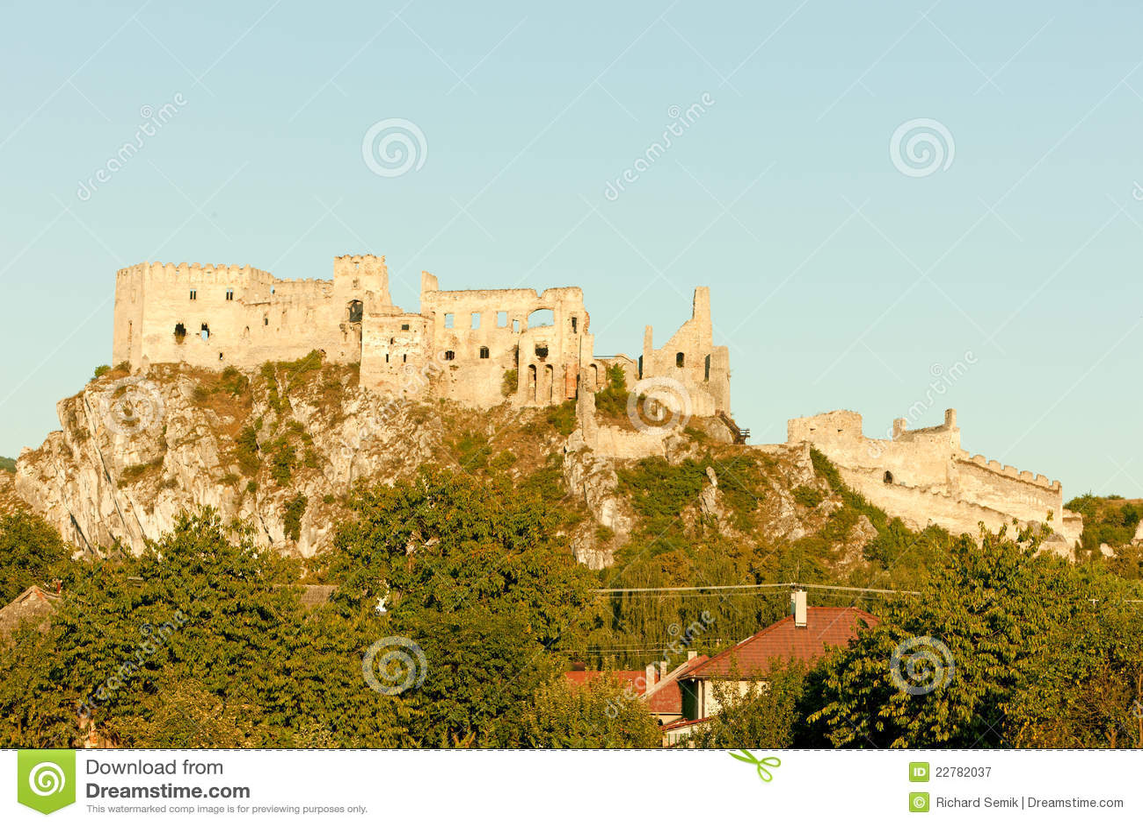 Beckov κάστρο