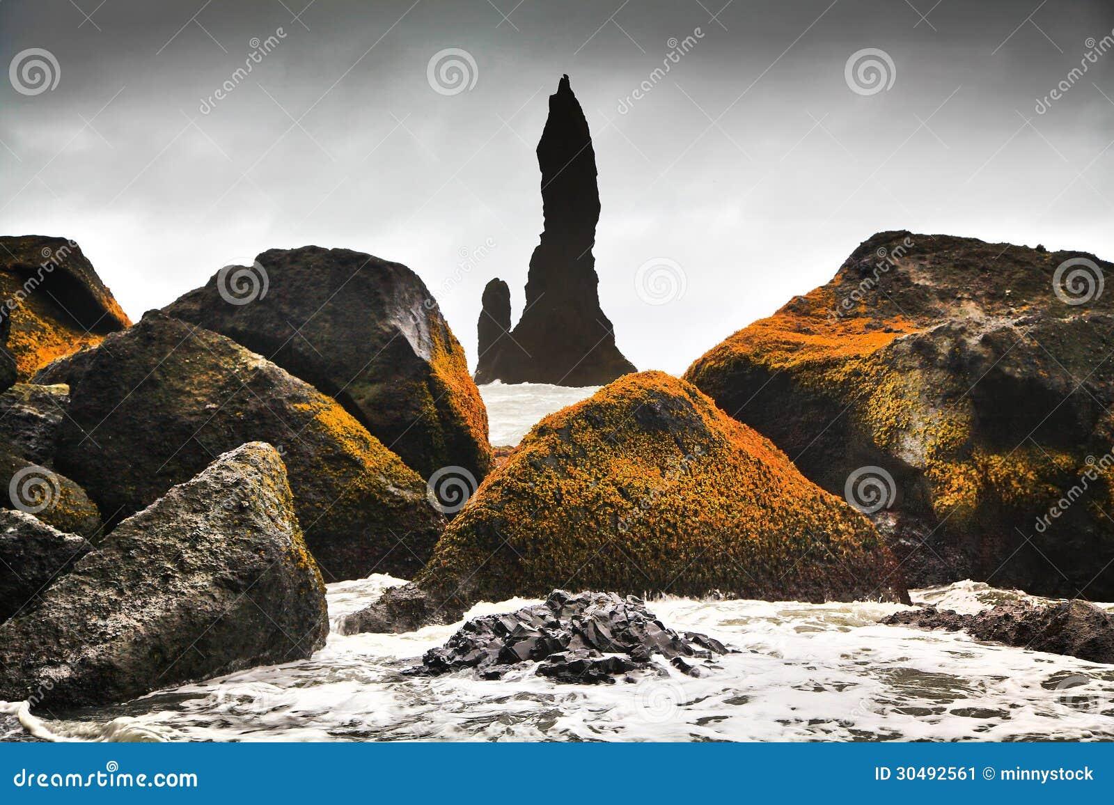 Bedöva vagga bildande nära Vik I Myrdal, sydliga Island