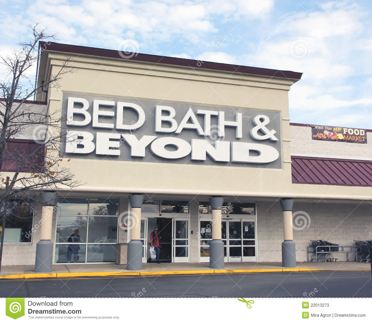 Bed Bath Amp Beyond Editorial Stock Photo Image Of Dining