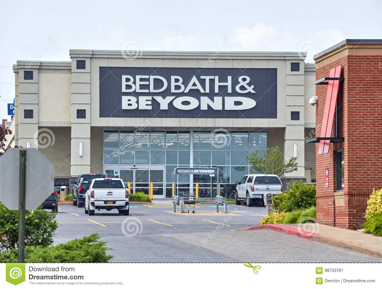 Bed Bath Beyond And Logo Editorial Photo Image Of Decorative 98753761