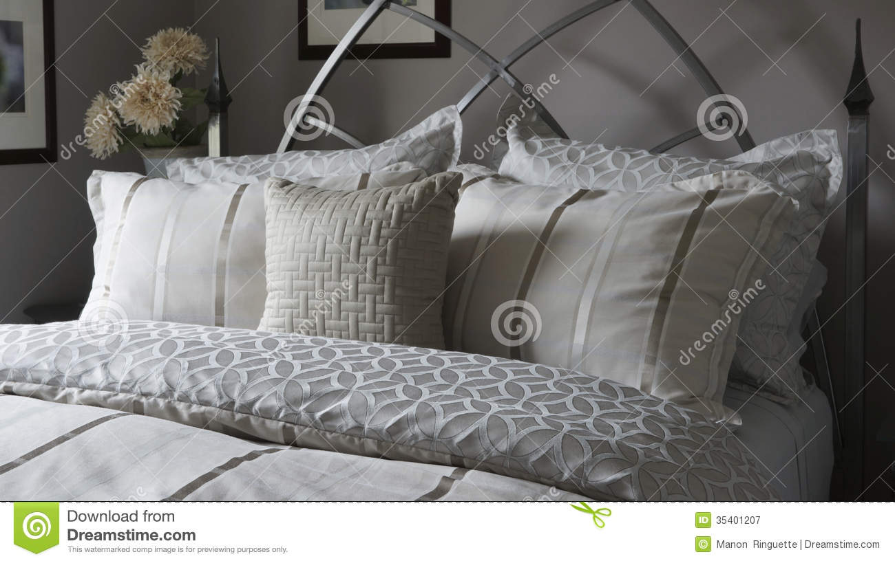 Bed Linens And Pillow Shams Royalty Free Stock Photography - Image ...