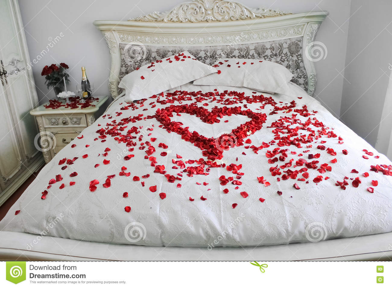 romantic bedroom roses bed with real petals stock photo image of leaf 489