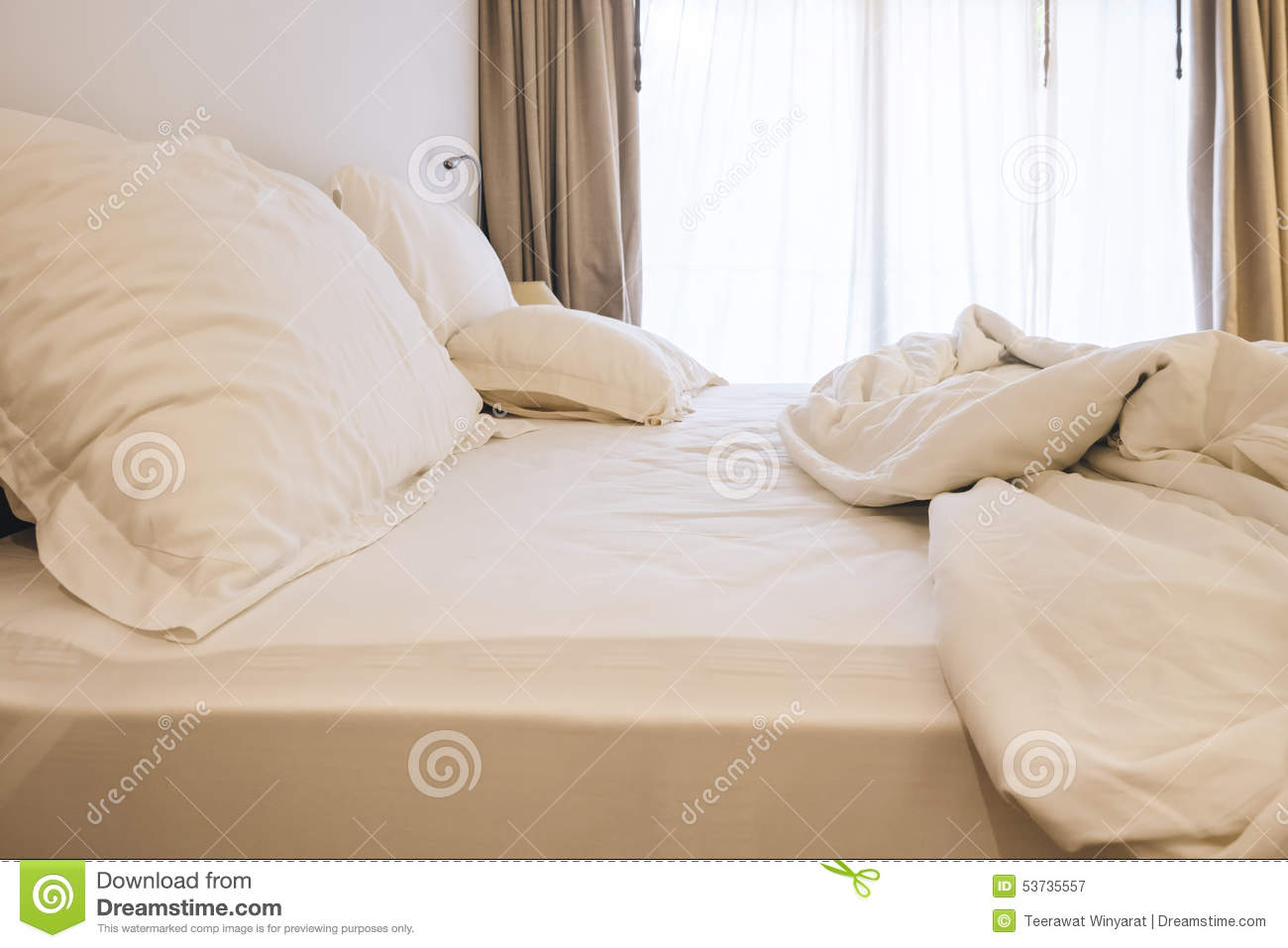 When Is The Best Time To Buy Bed Pillows