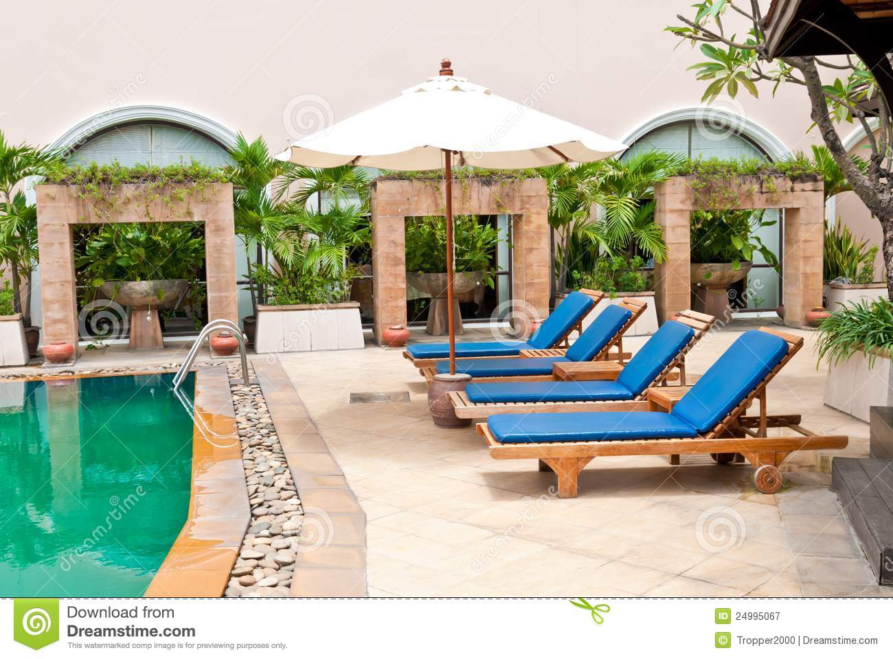Poolside Bed bed in swimming pool. royalty free stock photography - image: 24995067