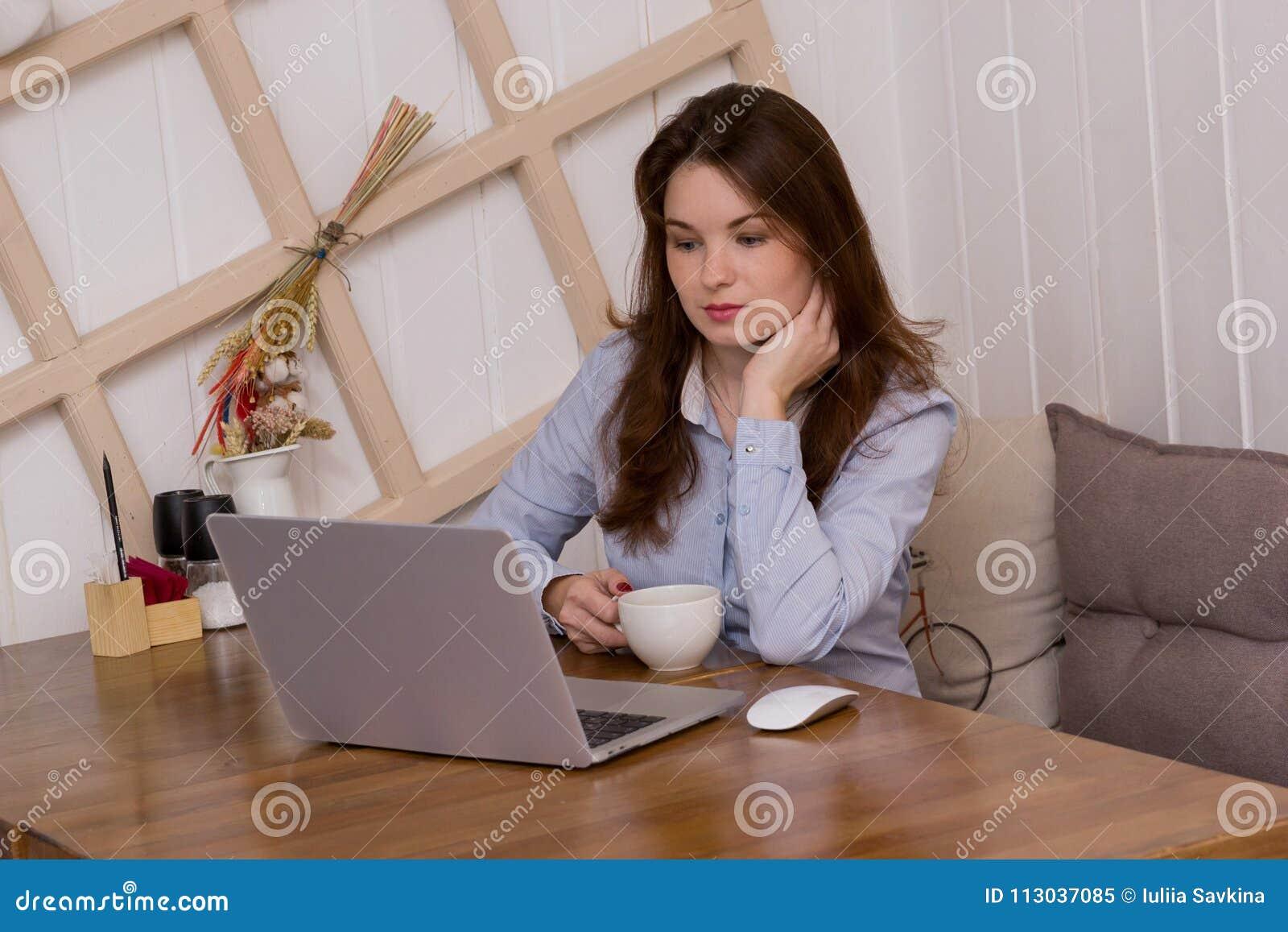 Bedrijfs Vrouw op het Werk