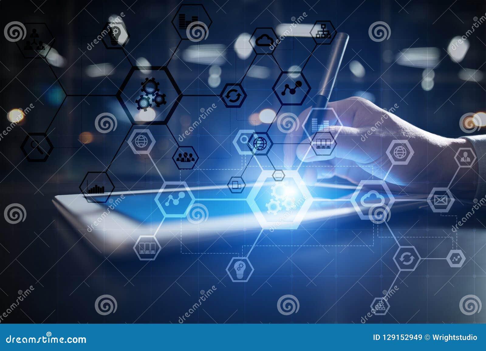 Bedrijfsstructuurdiagram, Automatisering, ERP of de industrie 4 concept 0 op het moderne virtuele scherm van PC