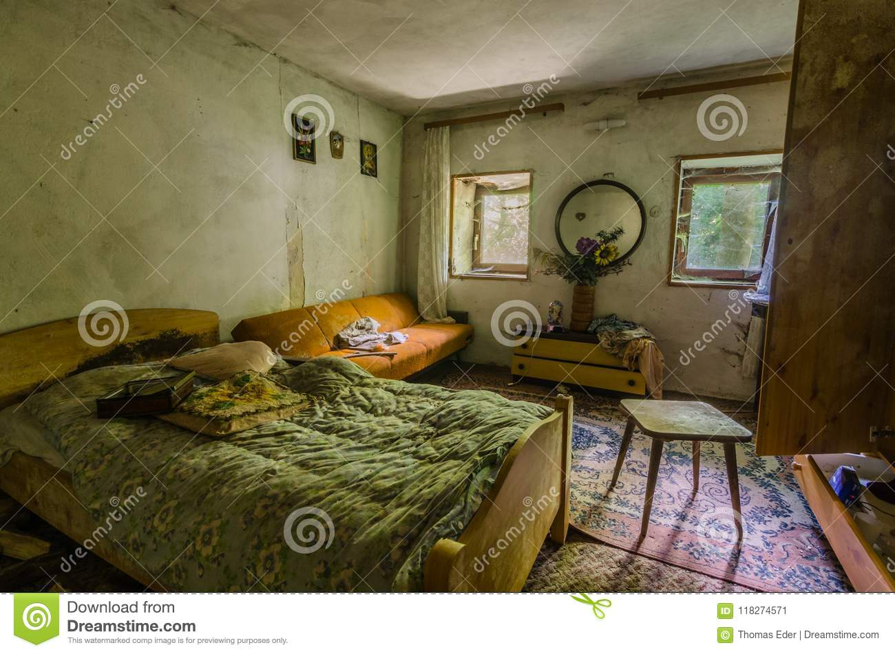 Bedroom Of House In The Forest Stock Image Image Of Villa Expire 118274571