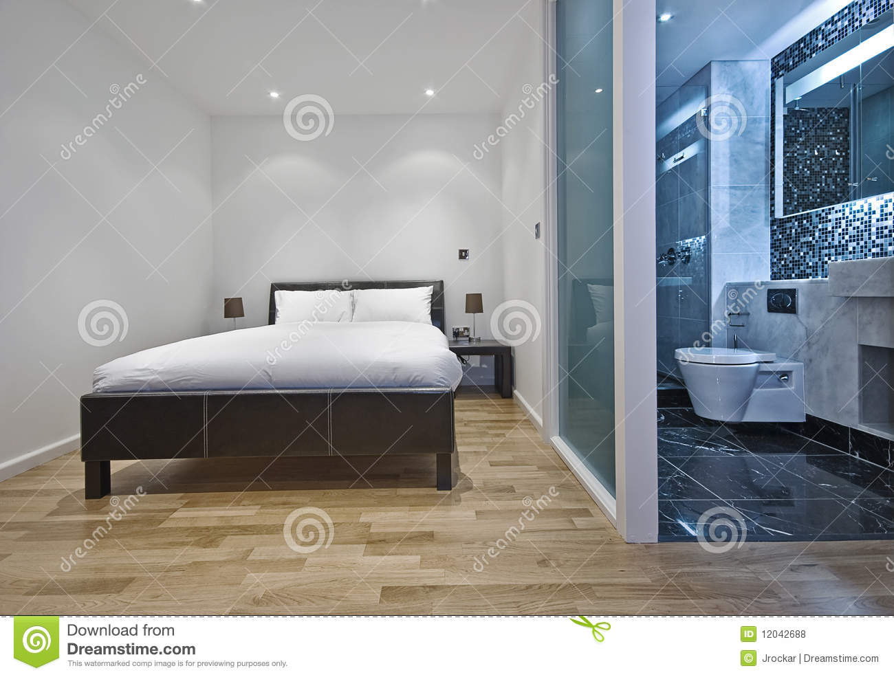 Bedroom with en suite bathroom royalty free stock photos for Images of en suite bathrooms