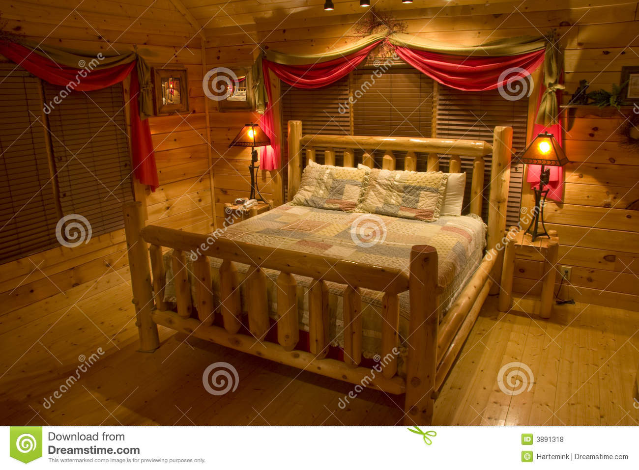 Bedroom In Luxury Log Cabin Royalty Free Stock Photos - Image: 3891318