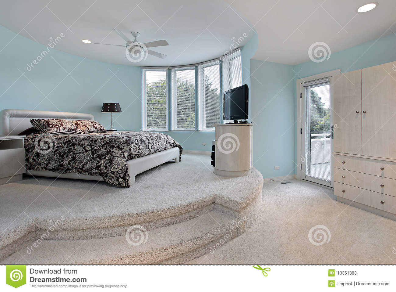 Bedroom In Step Up Sleeping Area Stock Photos Image