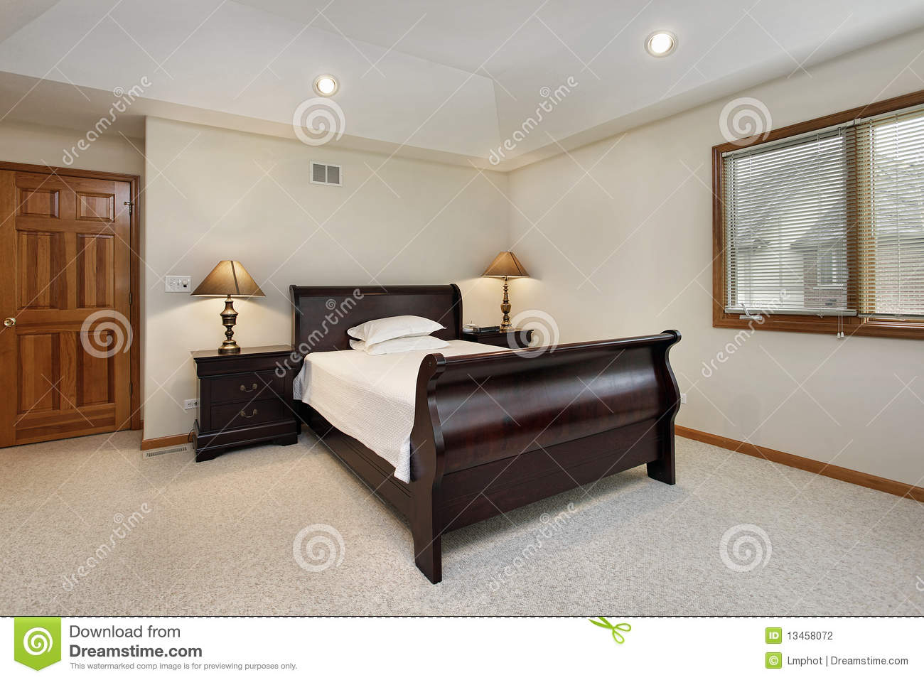 Bedroom With Tray Ceiling Stock Photography Image 13458072