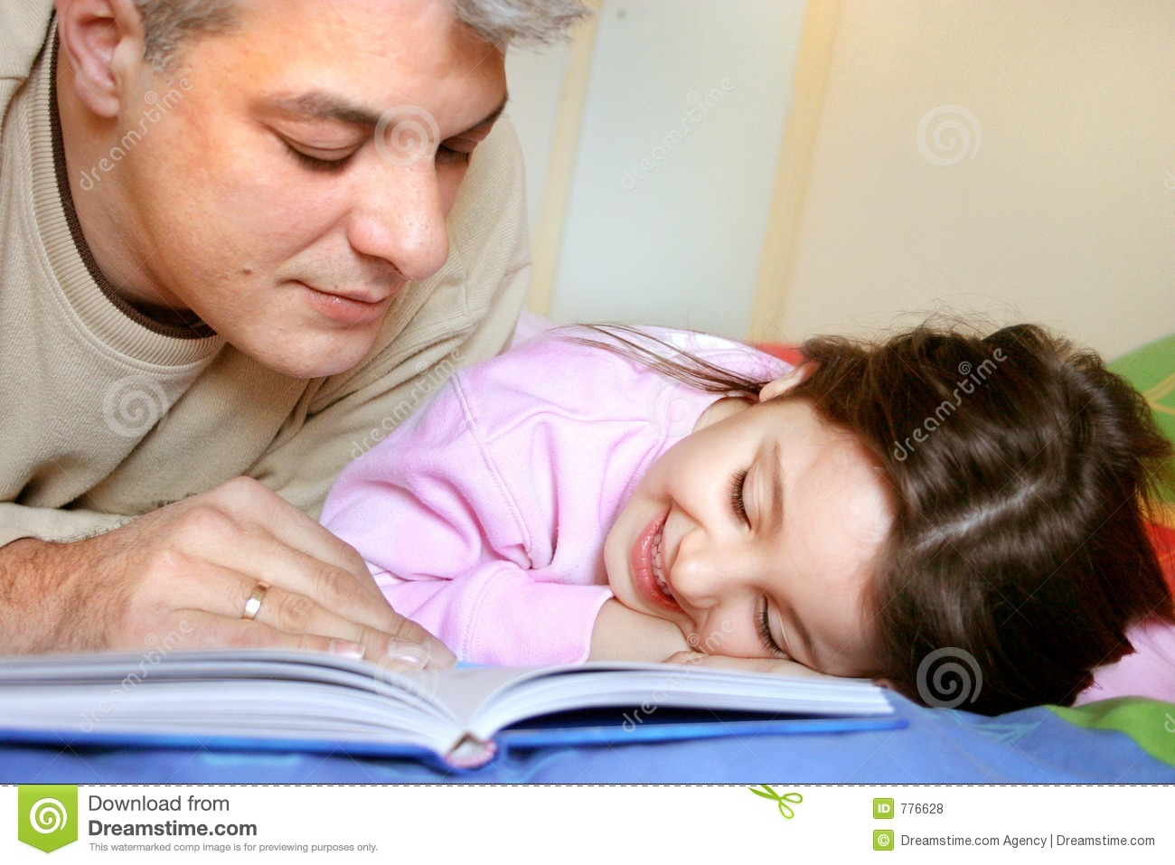 Bedtime story royalty free stock photos image 776628 for Bed stories online