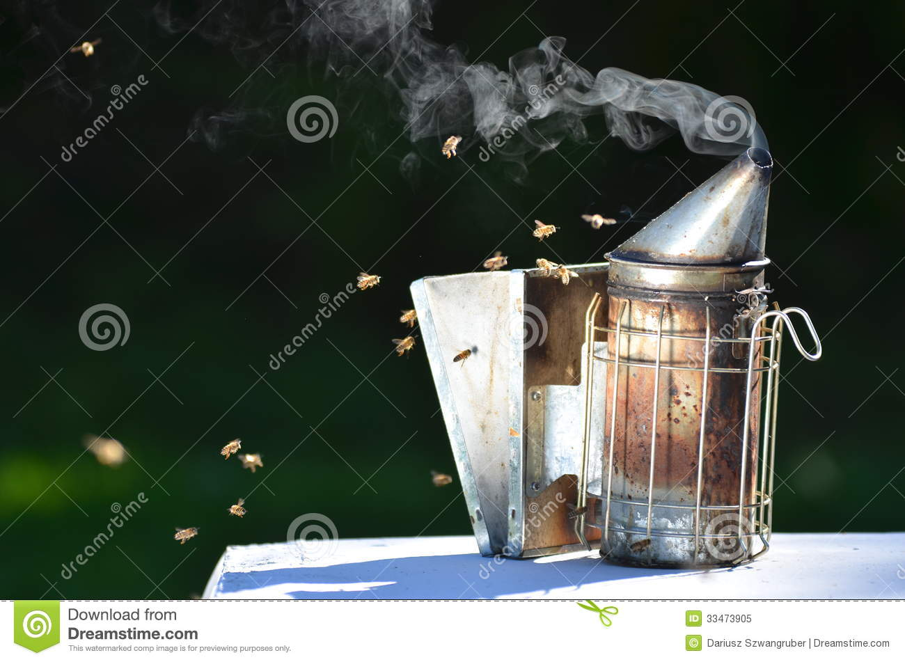 how to start a beehive smoker
