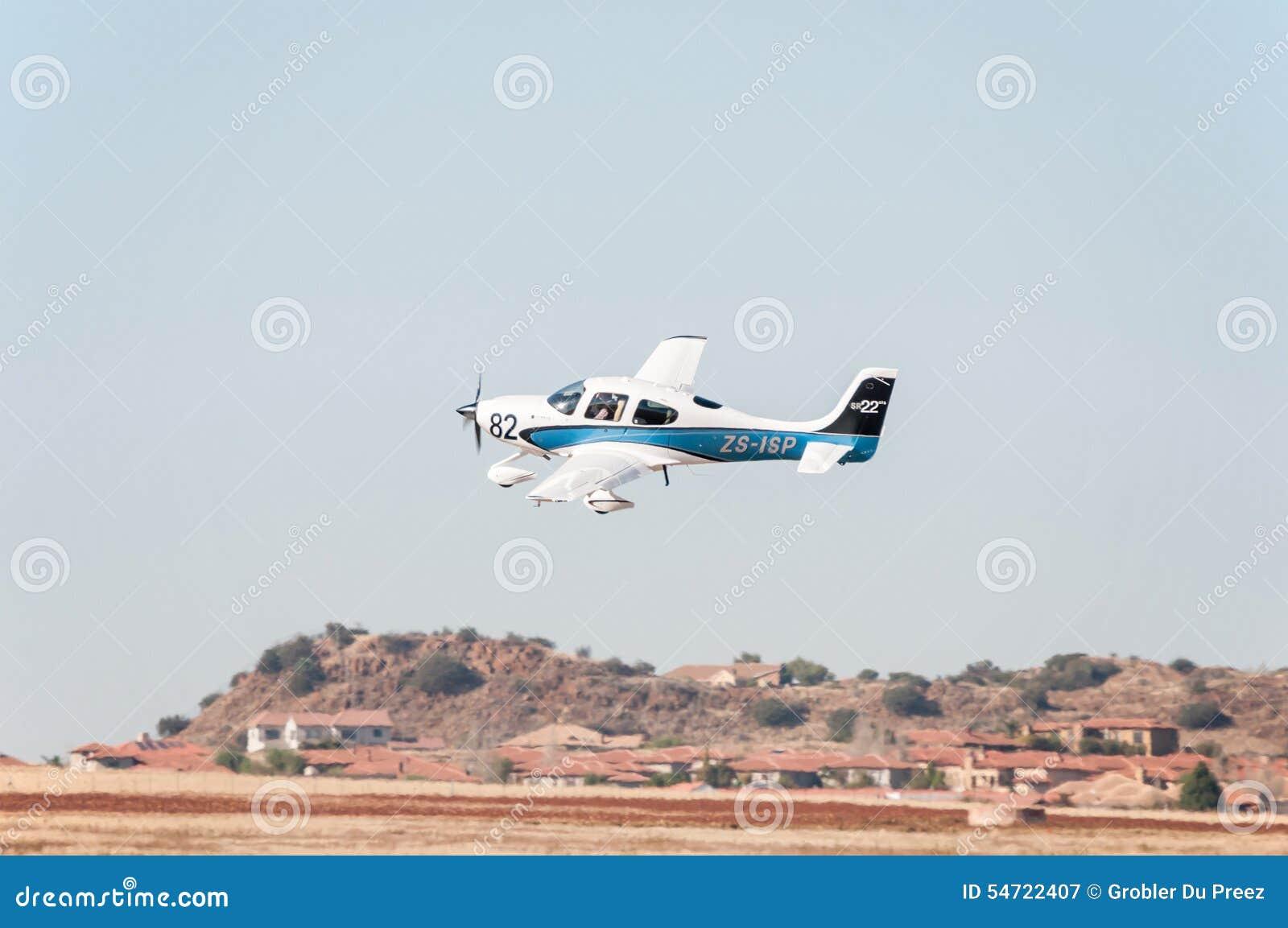 Beechcraft A36 stijgt in Presidenten Trophy Air Race op