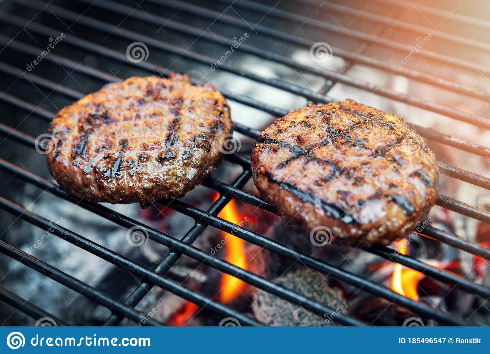 Beef Burger Meat Cooking On Charcoal Grill Stock Image Image Of Meat Flame 185496547