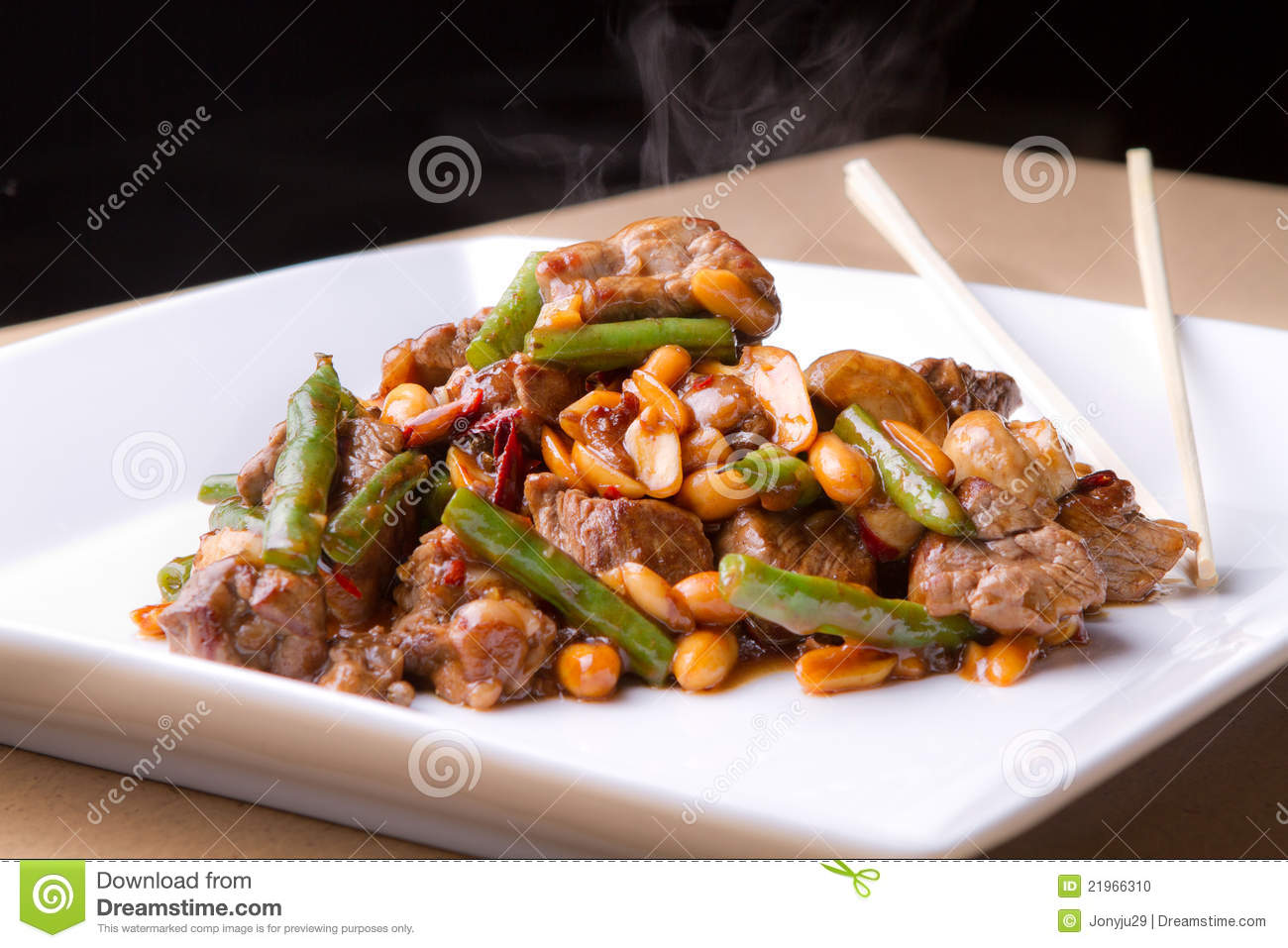 Beef And Green Bean Stir Fry With Peanuts Stock Photo - Image ...